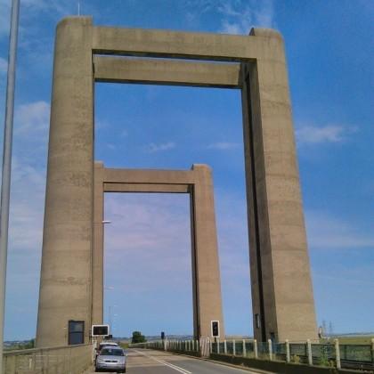The sculptural Kingsferry Bridge